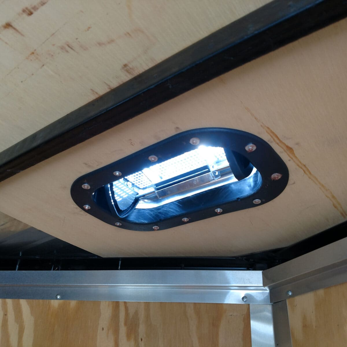 1 Pair Aluminum Popup Roof Vent High Profile W 2 Trim