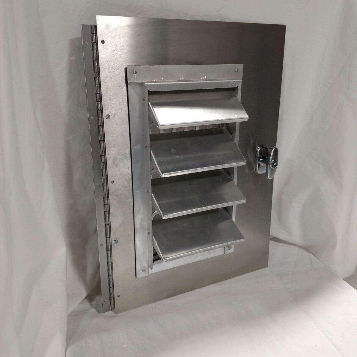 Assembled Smooth Alum Door Kit Size 14 75 X 21 W 9 4